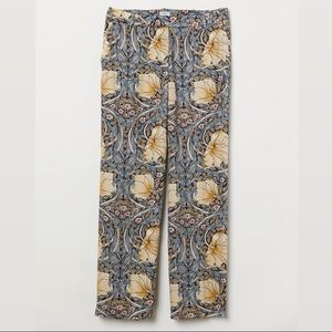 Floral Casual Trousers Size US 6